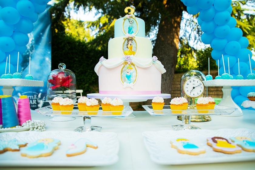 Benvenuti nel magico mondo della festa a tema Principesse.