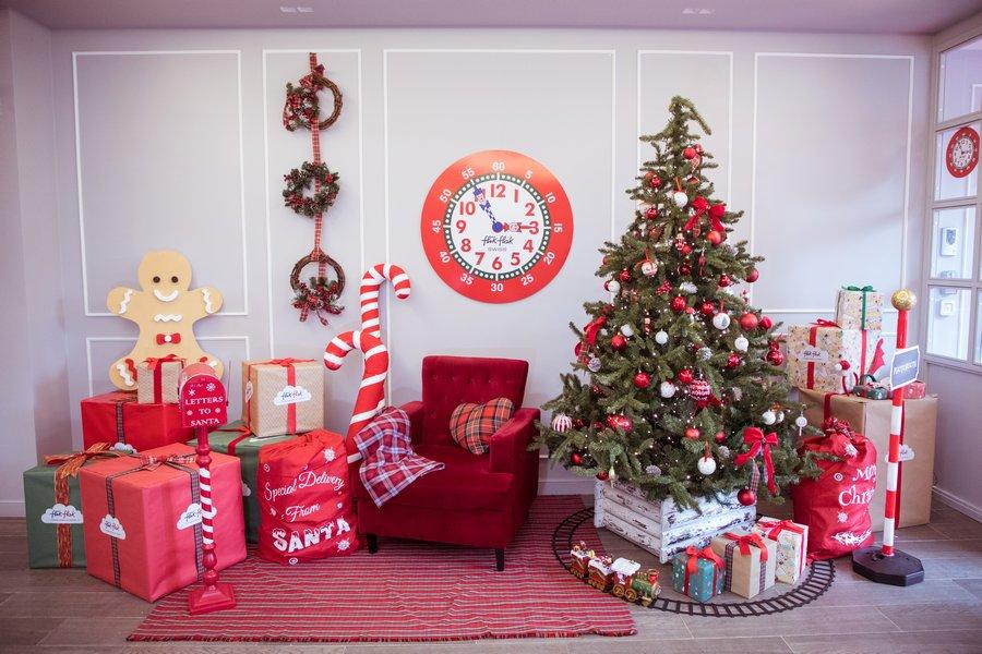 Ogni ora è l'ora giusta per giocare con Flik Flak, specialmente a Natale!